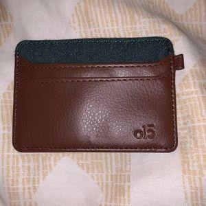 🌻 3/ $25 - olc Card Holder